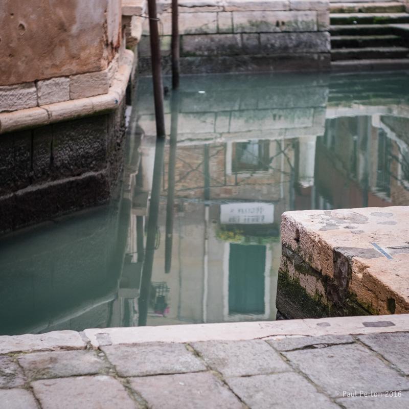 Canal bend - Fuji X-Pro2, Leica 50mm Summilux f1.4 @ f2