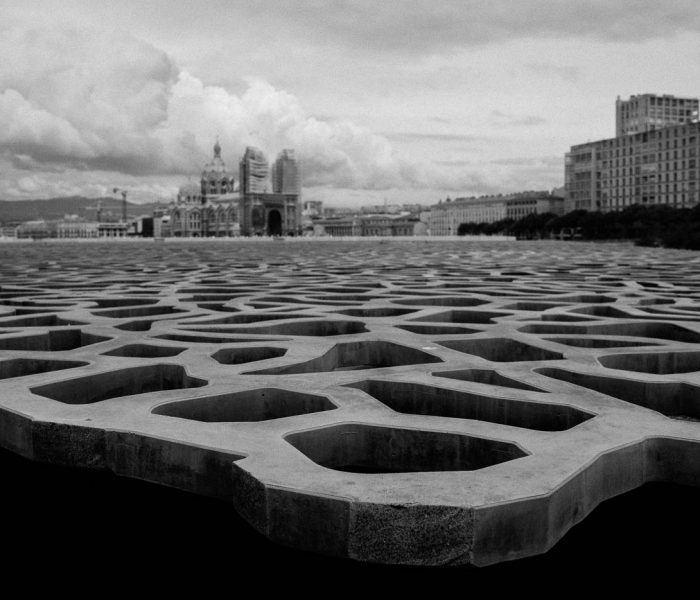 #490. Ongoing OTUS 28 review: 8 hours of street photography in Marseilles
