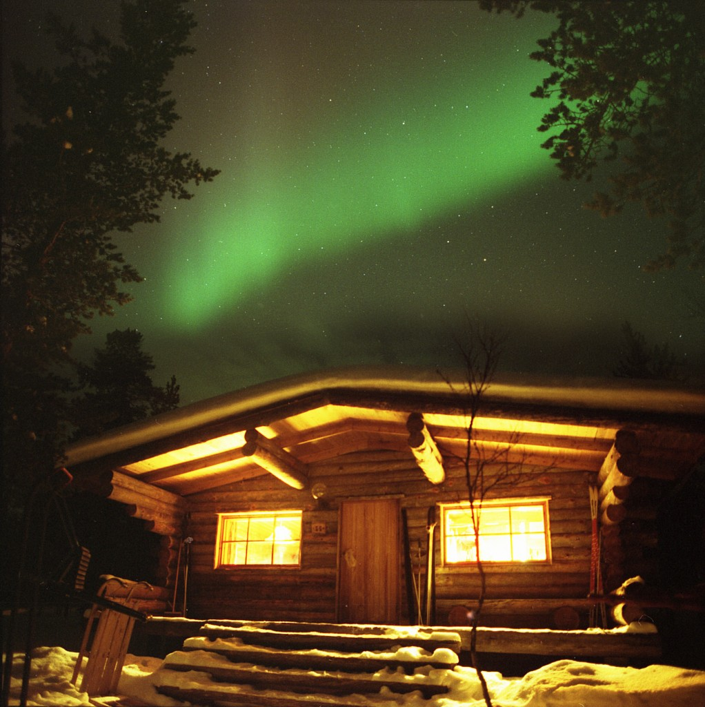 aurora-over-our-cabin-large