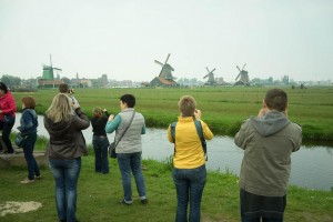 Photographers and windmills illustrating a design goal for DearSusan's InSight: Guides FAQ