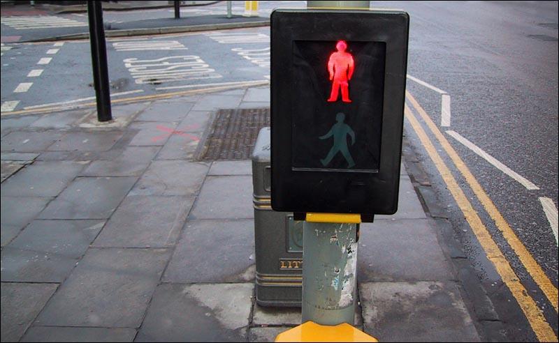 Don't walk - Study in Scarlet (c) Eolake Stobblehouse
