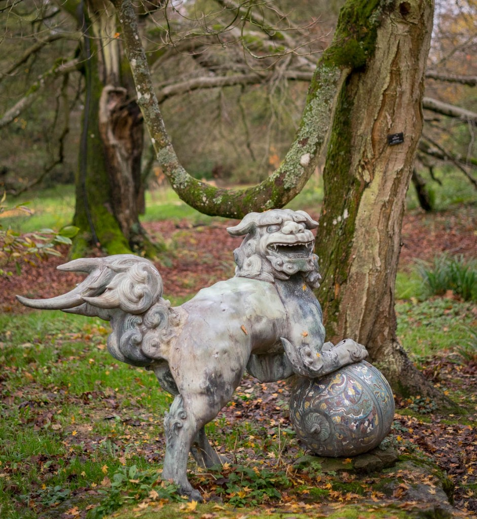 Dragon statue in Batsford arboretum in the Norther reaches of the Cotswolds, UK