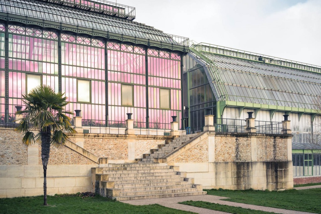 The glass houses of the Jardin des Plantes in Paris. Sony A7r, ZM 35/1.4