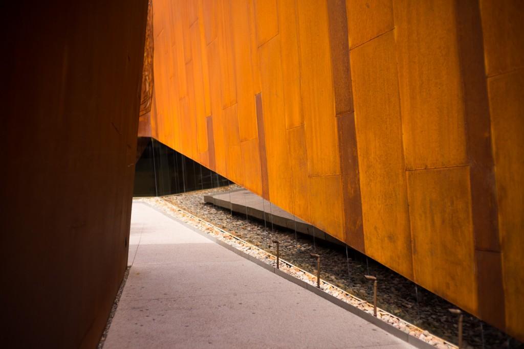 Arabian Library in Scottsdale, Zeiss C-Sonnar 1.5/50 ZM