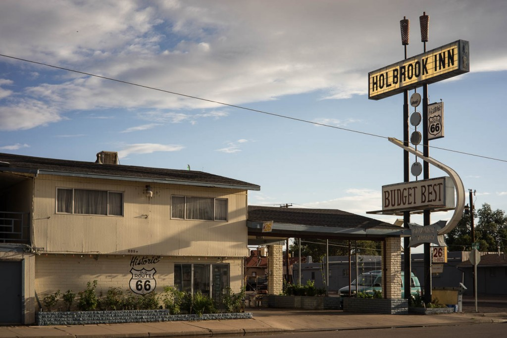 Holbrook Inn, one of Holbrook's numerous motels