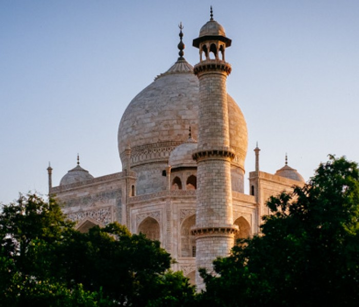 #416. See Agra and then quickly head for Gwalior