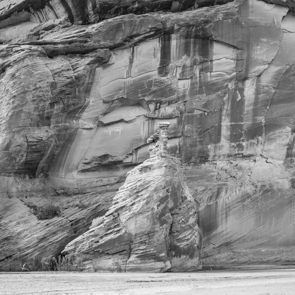 Wind sculptures on the cliffs of Canyon de Chelly