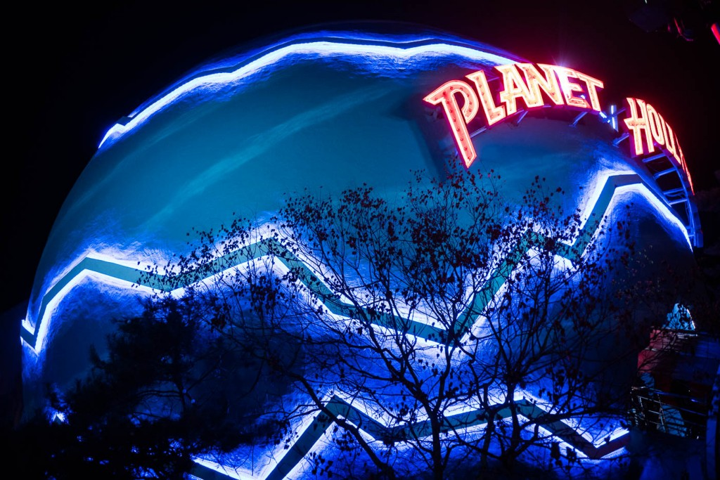 Planet Hollywood, Disneyland Paris - Sony A7rII & Zeiss Milvus 85