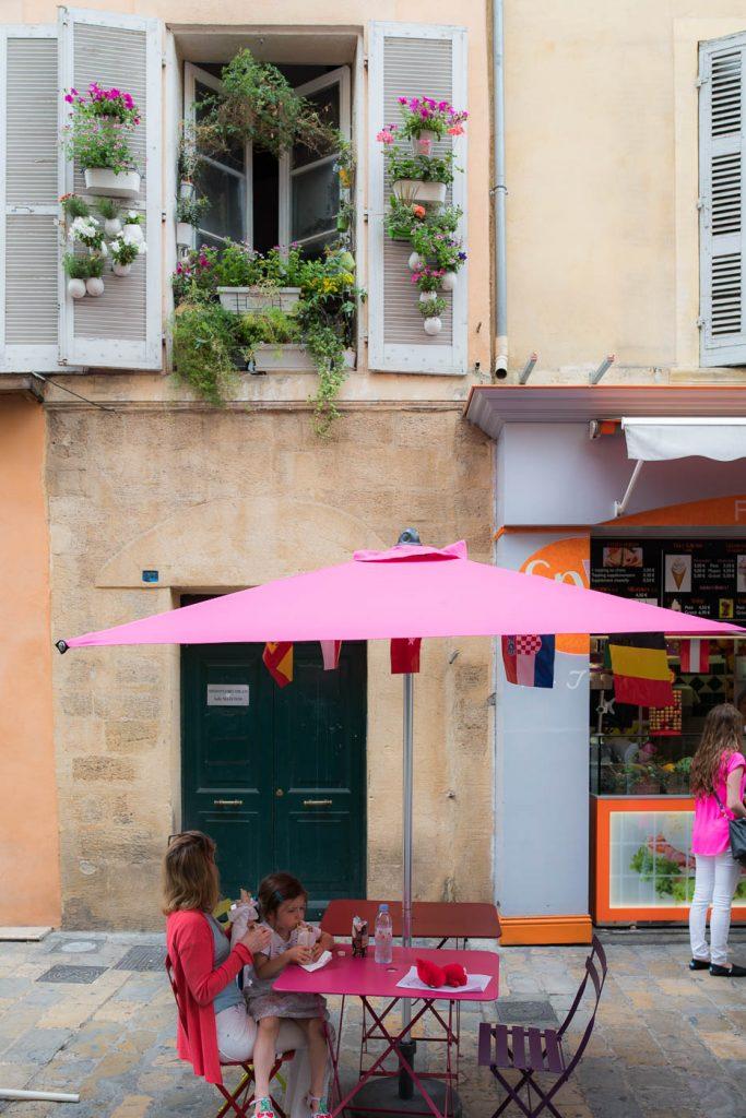 A study in Pink in Aix en Provence. Zeiss OTUS 28