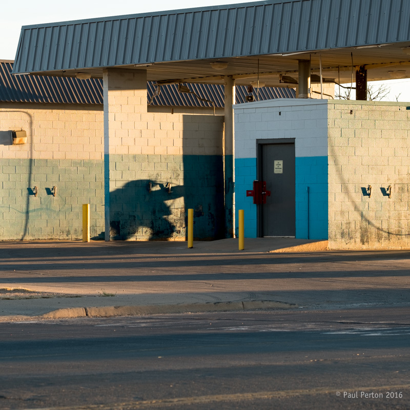 Morning shadow, Tucumcari
