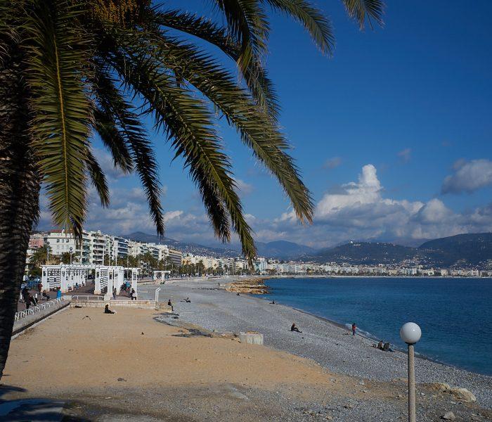 #695. Promenade des Anglais, Nice, backstage.