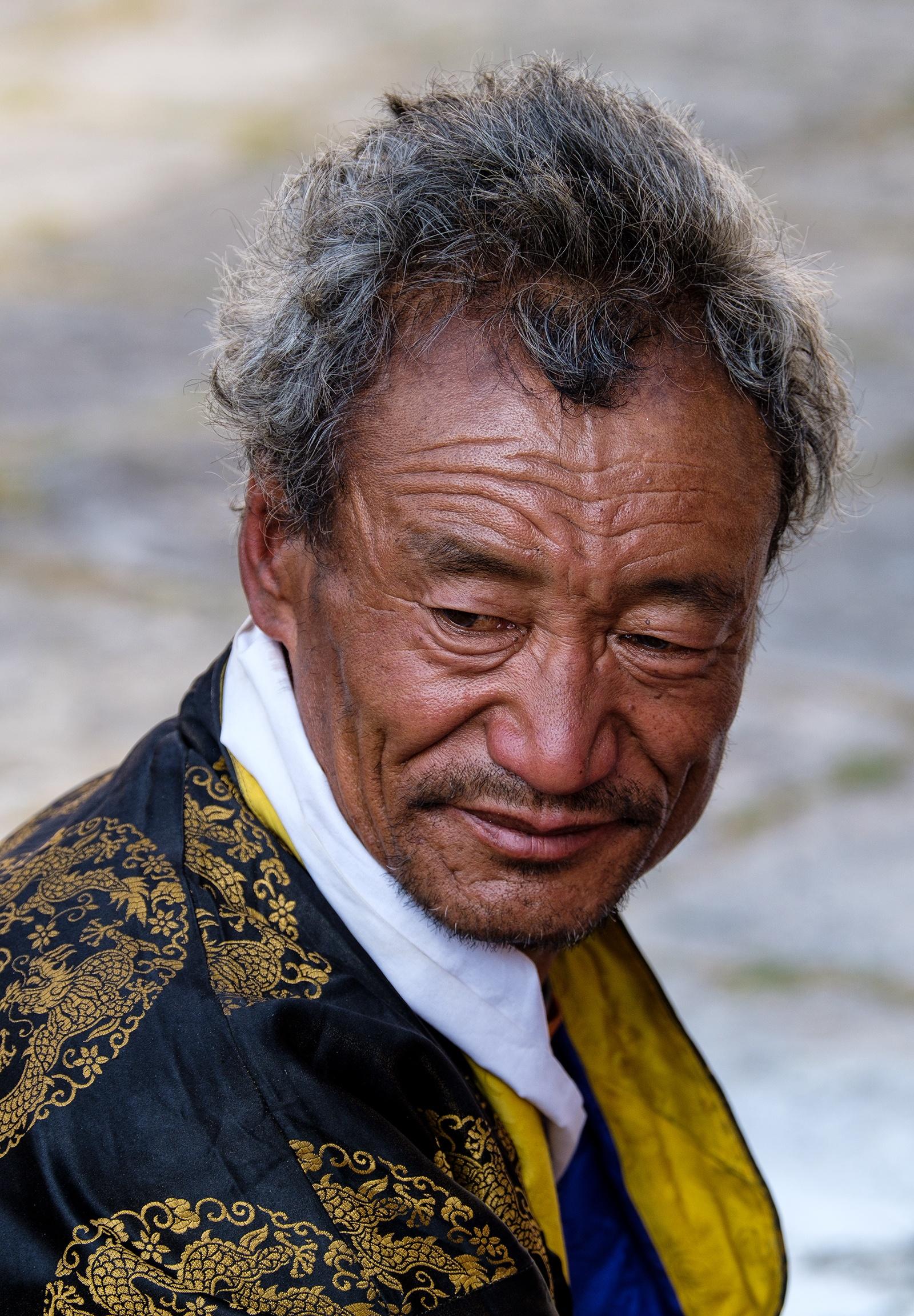 Festival Spectator, Paro, Bhutan - XH1 + 50-140mm + 1.4xTC